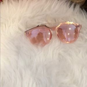 Accessories - Transparent pink sunglasses with brow bar